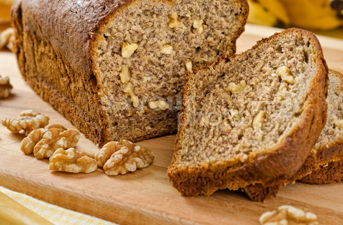 Banana Bread with Walnuts (vertical)