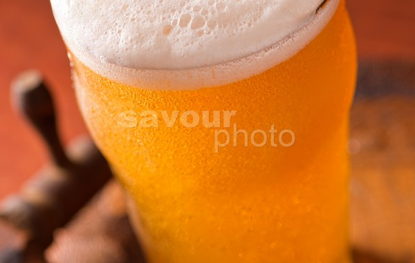 Beer Pour (vertical)