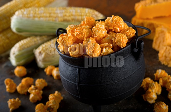 Cheddar Cheese Kettle Corn Popcorn